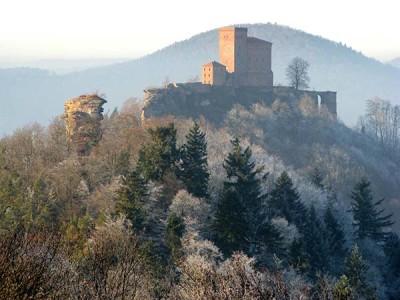 Wahrzeichen Annweiler am Trifels